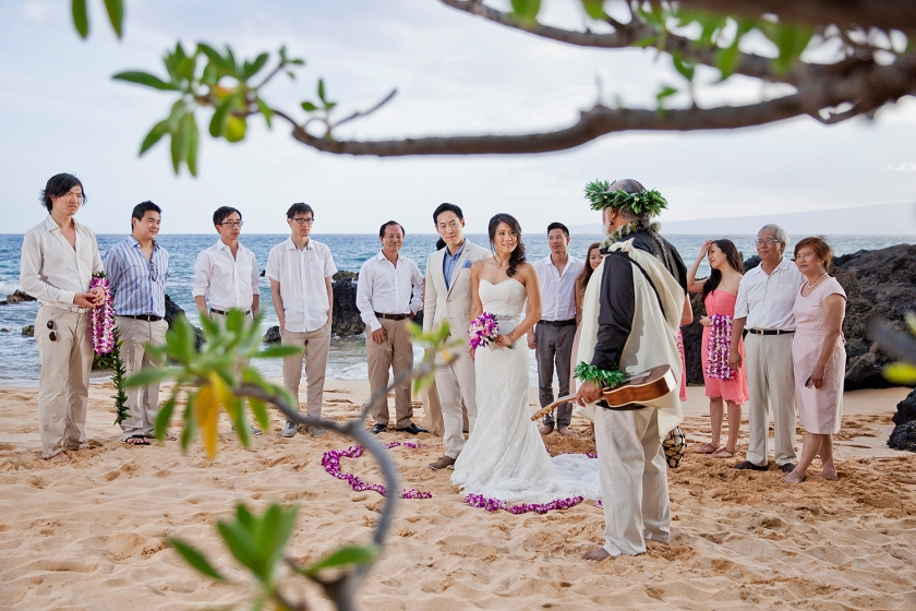 Beach wedding ceremony at Makena Cove on Maui officiated by Laki Ka'ahumanu