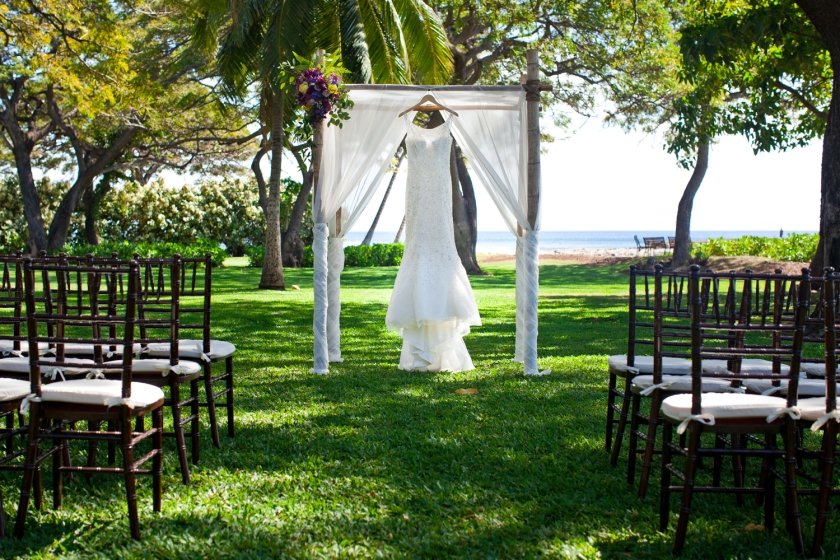 Destination-Wedding-Photographers-Hawaii-Maui-Olowalu-004