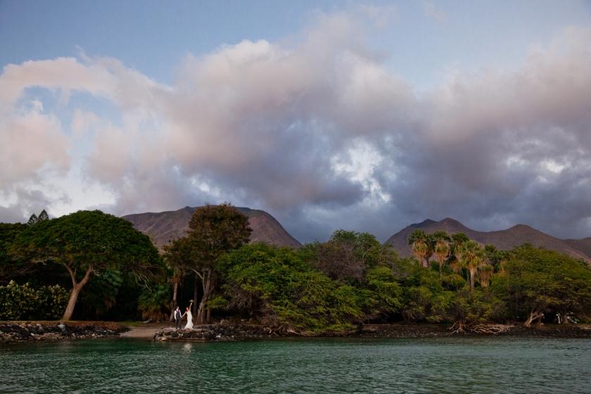 Destination-Wedding-Photographers-Hawaii-Maui-Olowalu-034