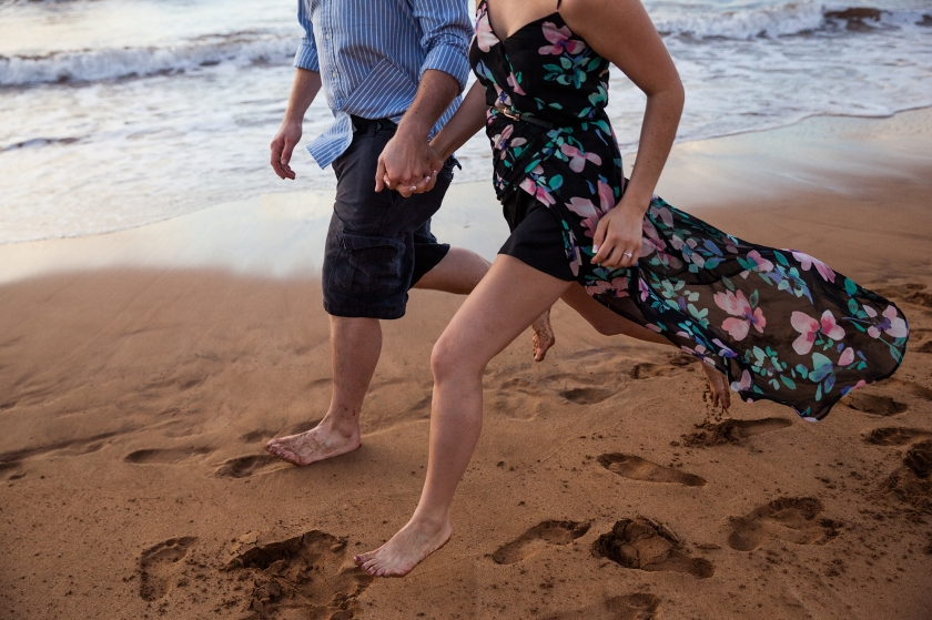 fun-romantic-maui-beach-engagement-portraits-5
