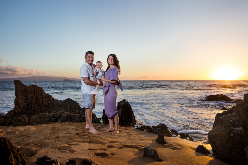 Creative-Fun-Vibrant-Maui-Family-Portraits-0008